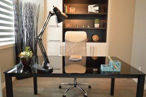 Kancelářský nábytek i do domácí pracovny