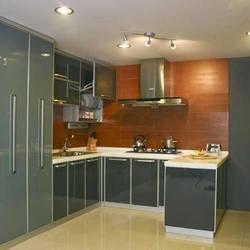 moderné-kuchyne-v-netradičnej-farbe-anrico