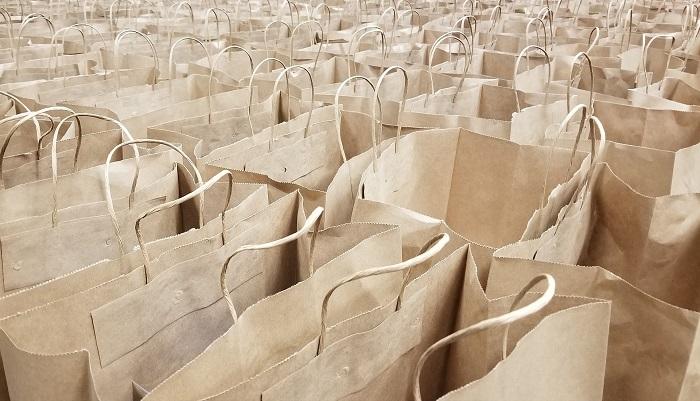 Papierové tašky aj do obchodu